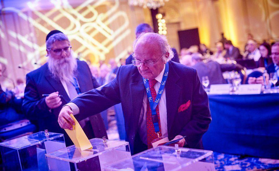 Вячеслав Моше Кантор переизбран президентом Европейского еврейского конгресса. Брюссель